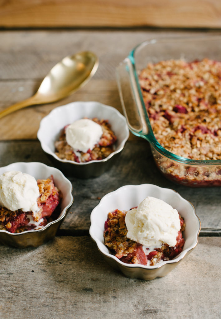 Strawberry-Rhubarb Crumble/Crisp via @simplyrealhealth. Gluten-free too!